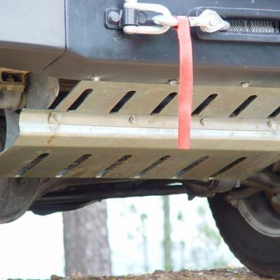 Protector barra dirección acero 4mm V2 Defender 130 (1985-)