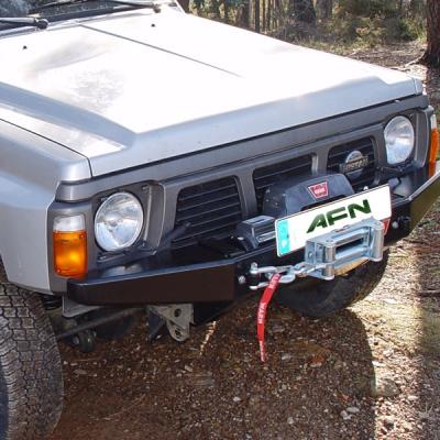 Paragolpe delantero c/base Nissan Patrol GR Y60