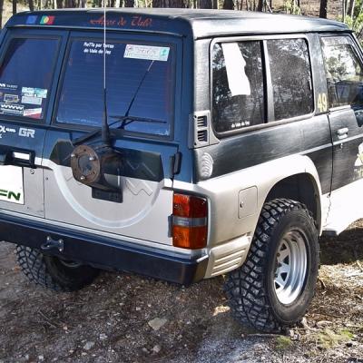 Paragolpe trasero sin hueco luces Nissan Patrol GR Y60